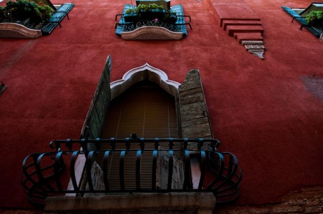 Venetian building