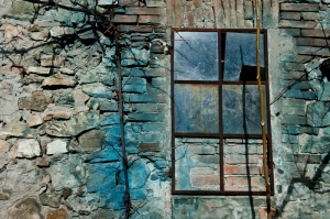 Blue window, ruins