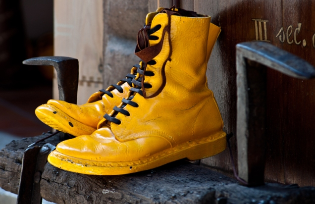 Yellow boots - Montepulciano, Italy
