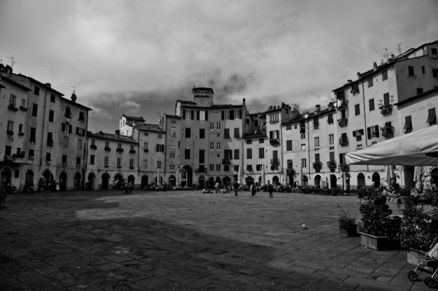 """Anfiteratro"" square in Lucca, Italy"