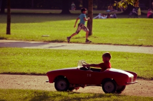 The red car - Sunday to the park, Italy