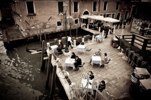 Outdoor table setting, Venezia - Italy