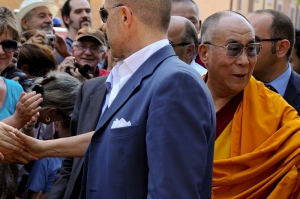 Dalai Lama in Mirandola supporting people after the earthquake - Italy